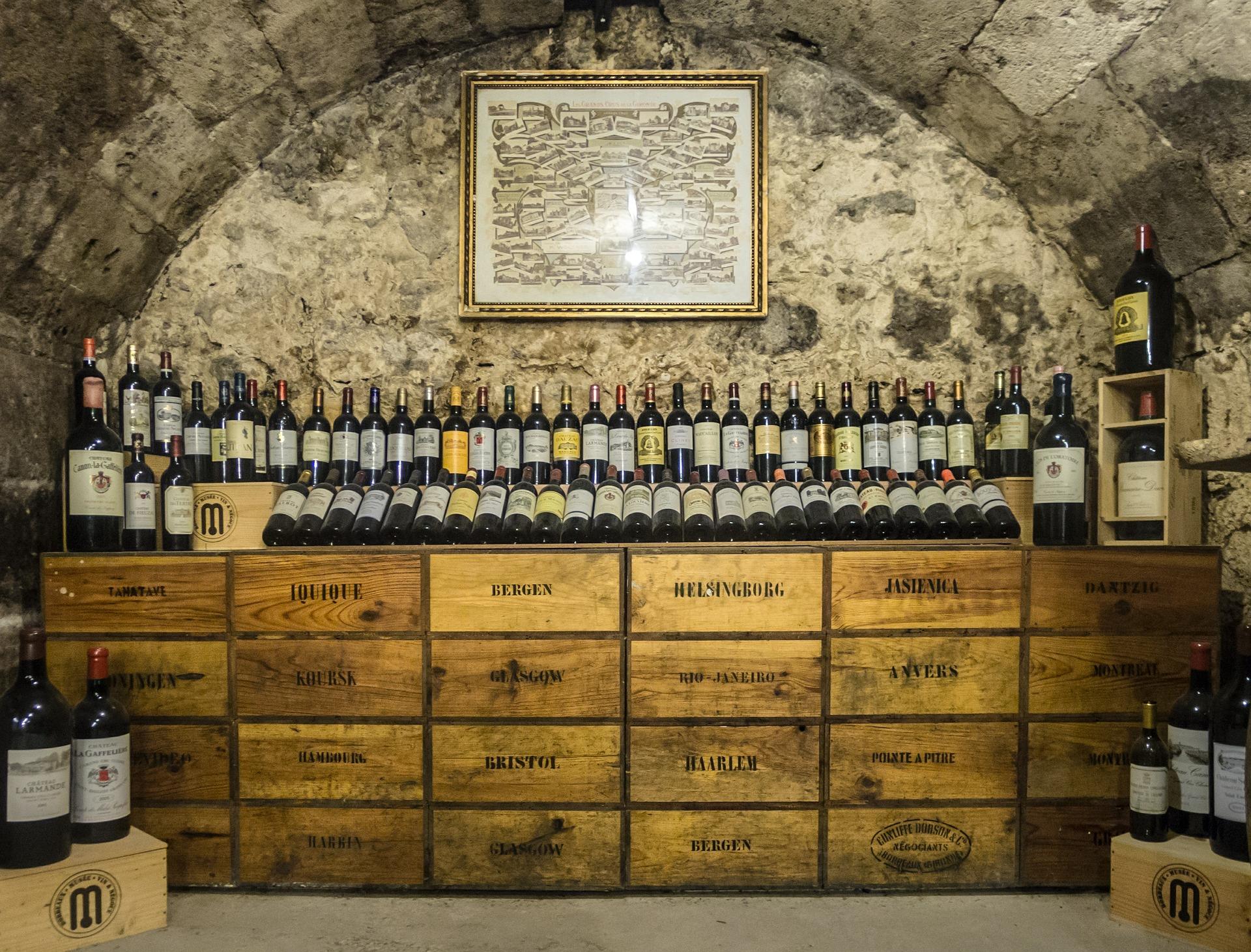 wine-426463_1920