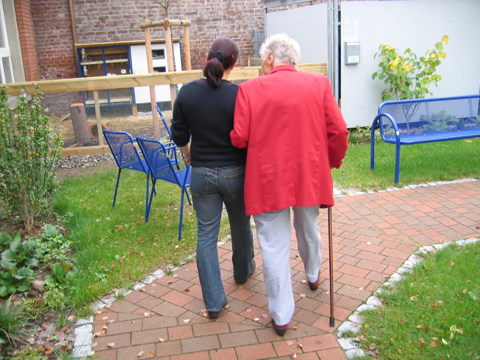 pomoc-seniorowi
